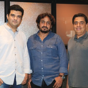 Siddharth Roy Kapur, director Vinod Kapri and Ronnie Screwvala