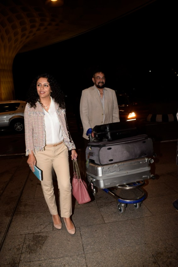 Bollywood celebs on their way for IIFA 2018 (5)