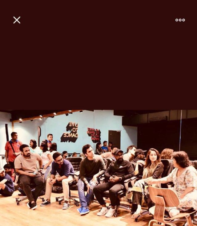 Abhishek Varman with Remo D'souza, Madhuri Dixit and Saroj Khan at the mujra song rehearsal for Kalank