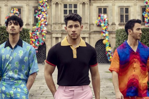 Jonas Brothers are back