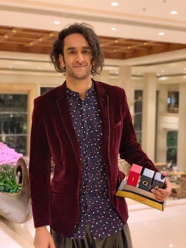 Vikas Gupta wins Impactful TV Personality of 2018 award.
