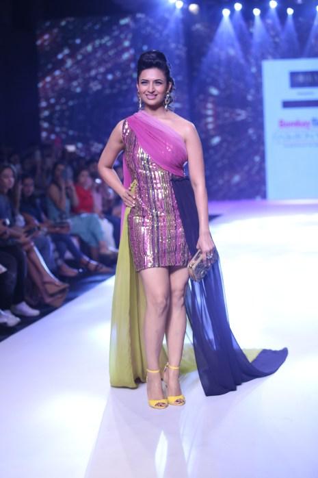 Divyanka Tripathi Dahiya Walked the Ramp For Horra Luxury at Bombay Times Fashion Week