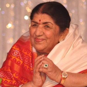 Lata Mangeshkar donates Rs. 7 lakh to Maharashtra CM relief fund for COVID-19