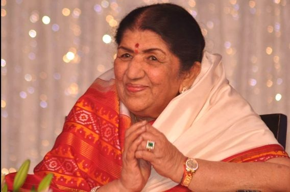 Lata Mangeshkar donates Rs. 7 lakh to Maharashtra CM relief fund for COVID-19