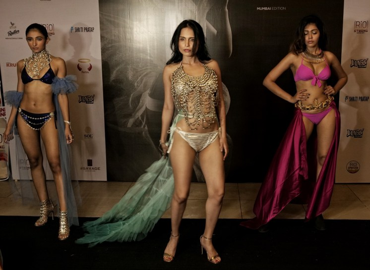 Models walk the ramp for Designer Sharad Raghav at IIFW NXT-The Intimate Tour-Mumbai Edition (3)
