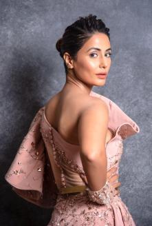 Hina Khan 1