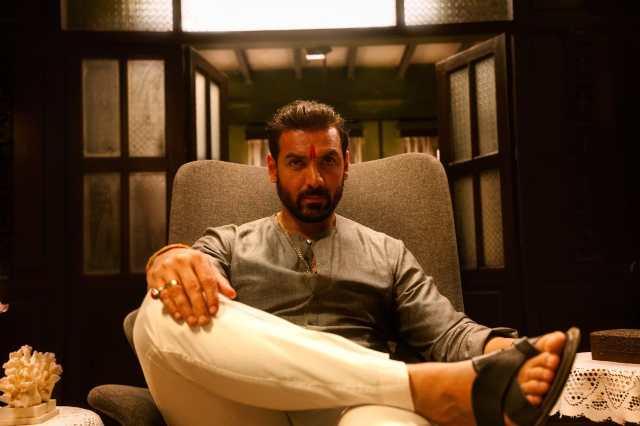 John Abraham's look from Mumbai Saga