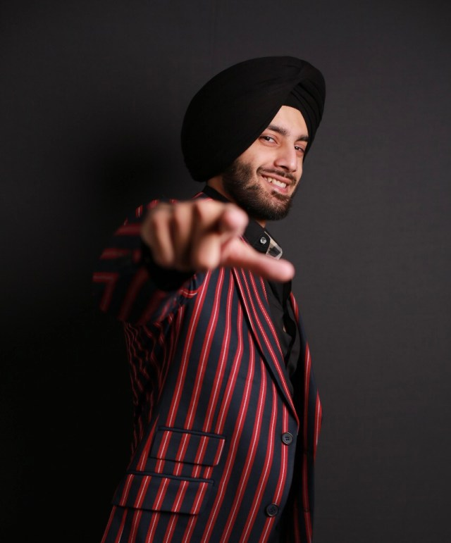 India's First Turban Wearing Punjabi Shehzad Deol All Set To Win Hearts In Bigg Boss 14