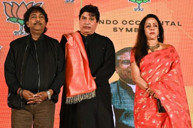 Hema Malini along with Ustad Rashid Khan, unveils a music album