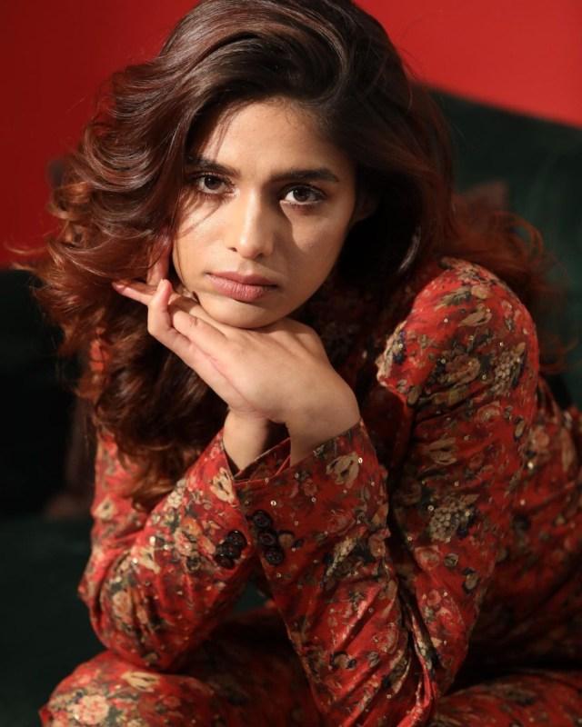 Pranati Rai Prakash's floral two-piece suit acing the hot formal look