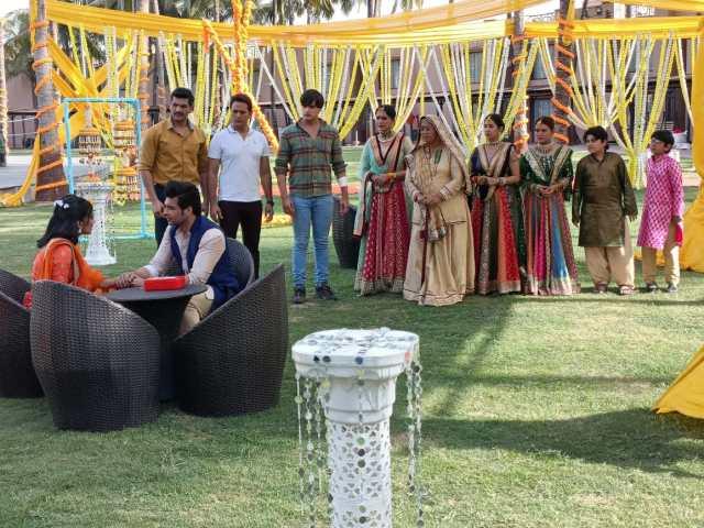 'Yeh Rishta Kya Kehlata Hai': Kartik and Ranveer luckily escape any injuries