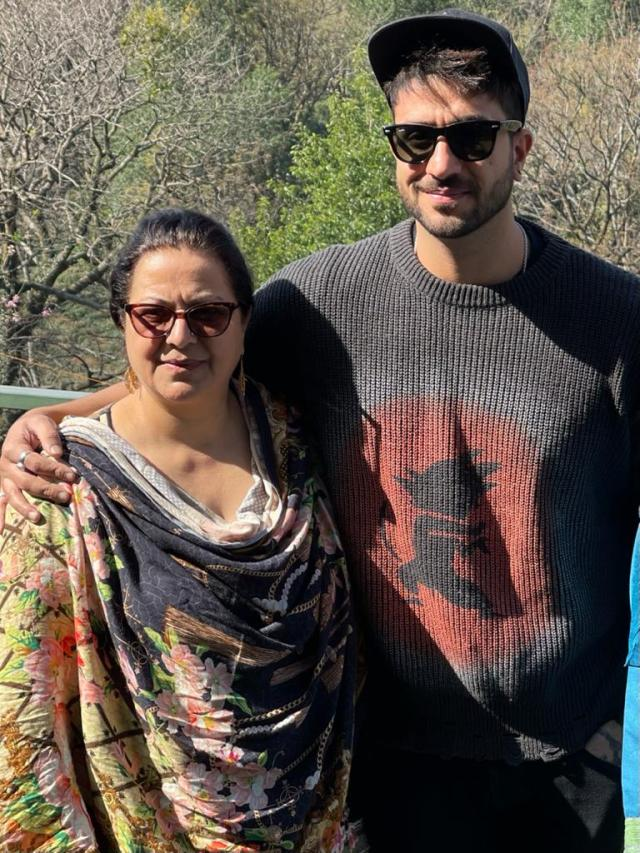 Aly Goni is renovating his old house in Jammu for his mom