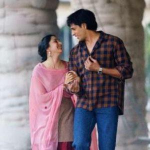 The romantic track 'Raatan Lambiyan' from Shershaah hits 50 MN+ views in less than 4 days
