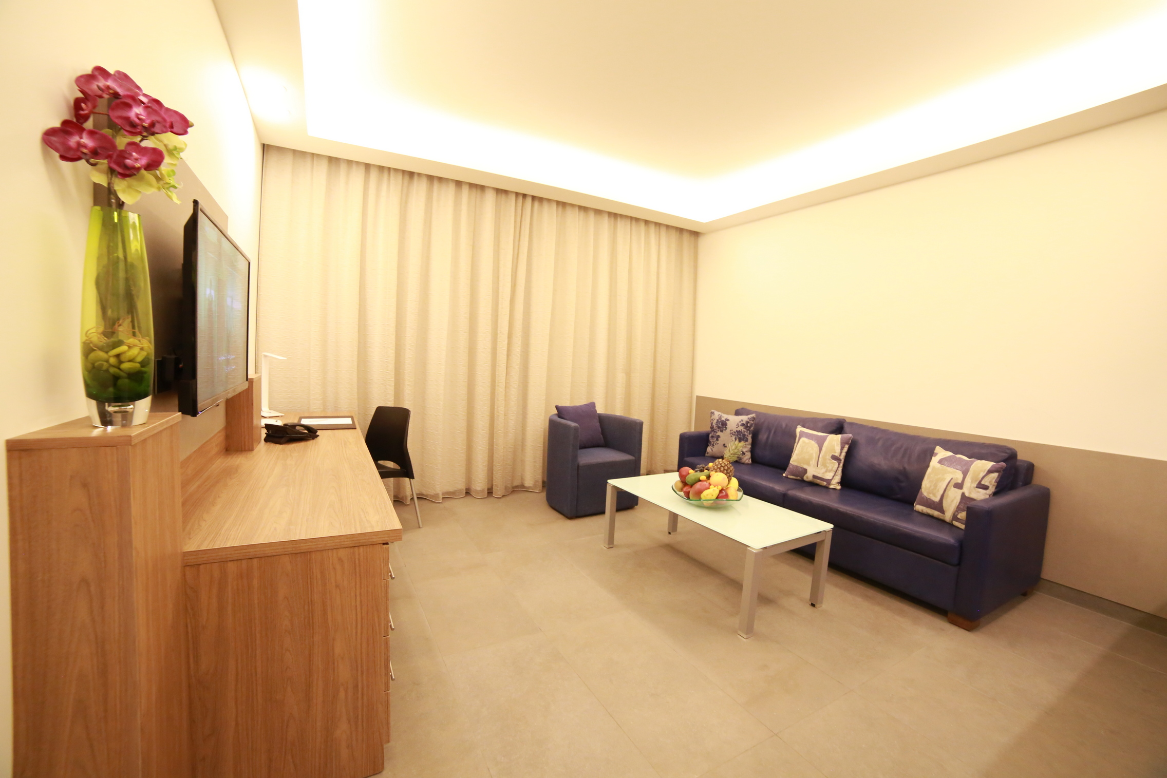 Urban Central Beirut - Premium One Bedroom Suite - 7