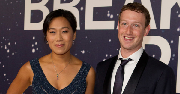Breakthrough Prize Co-Founders Priscilla Chan and Mark Zuckerberg attend the Breakthrough Prize Awards Ceremony hosted by Seth MacFarlane at NASA Ames Research Center on November 9, 2014 in Mountain View, California. (Kimberly White/Getty Images North America)