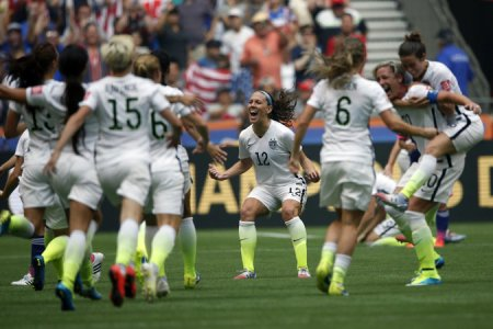 American players celebrated after defeating Japan on Sunday. (Credit: Michael Chow/USA Today Sports, via Reuters)