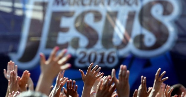 march-for-Jesus-in-brazil