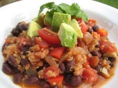 Quinoa & Red Pepper Chili | © Life Through the Kitchen Window.com