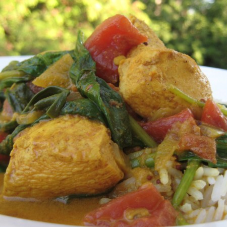 Chicken Curry with Spinach | © Life Through the Kitchen Window.com