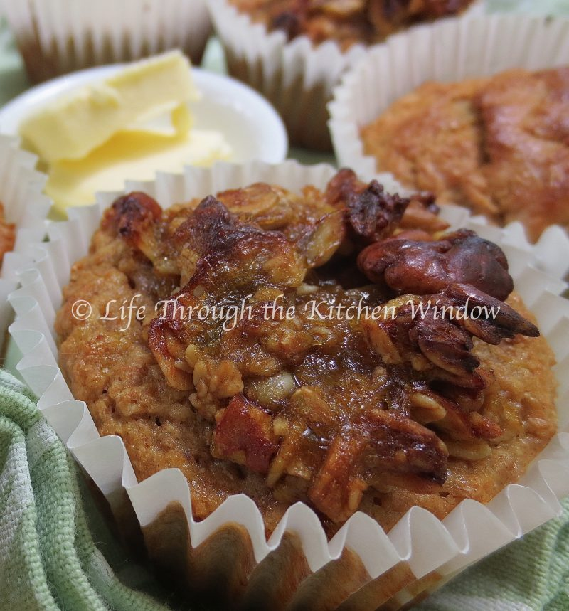 Honey Granola Crunch on Rhubarb Bran Muffins ⎮ © Life Through the Kitchen Window