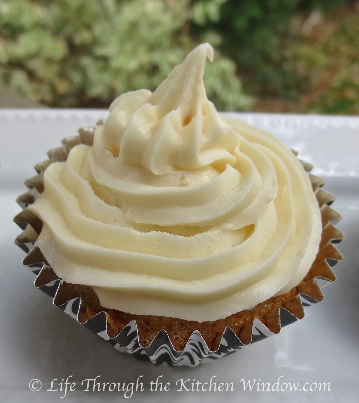 Ginger Carrot Cupcakes with Ginger Cream Cheese Frosting | © Life Through the Kitchen Window .com