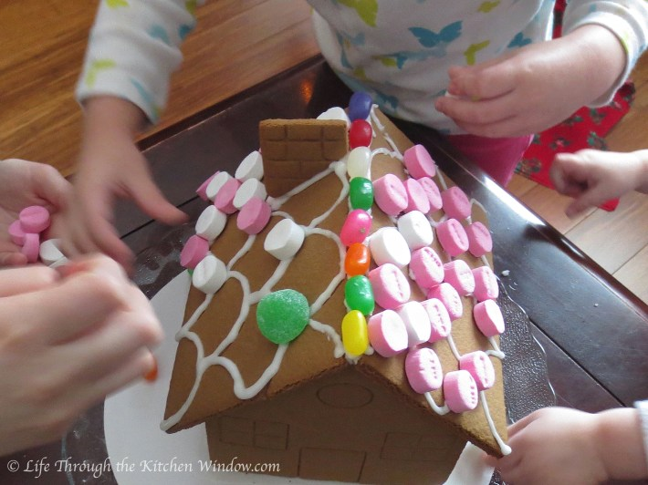 Gingerbread House Fun | © Life Through the Kitchen Window.com
