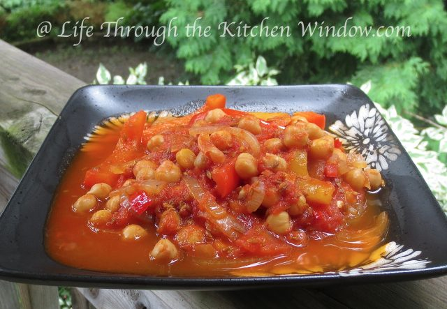 Intensely Cumin Chickpeas | © Life Through the Kitchen Window.com