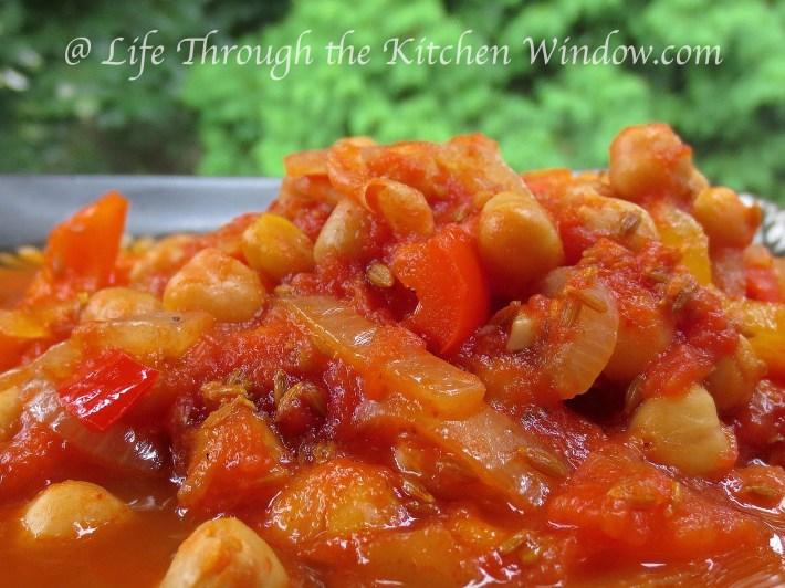 Intensely Cumin Chickpeas | © Life Through the Kitchen Window.com