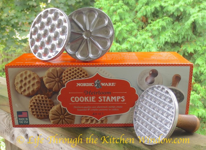 Potato Chip Cookies   © Life Through the Kitchen Window.com