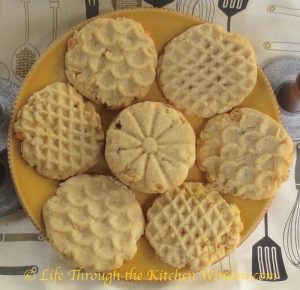 Potato Chip Cookies | © UrbanCottageLife.com