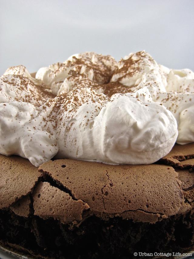 Nigella Bites - Chocolate Cloud Cake | © Urban Cottage Life.com