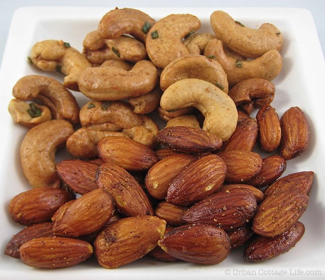 Savoury Cashews & Almonds  | © Urban Cottage Life.com