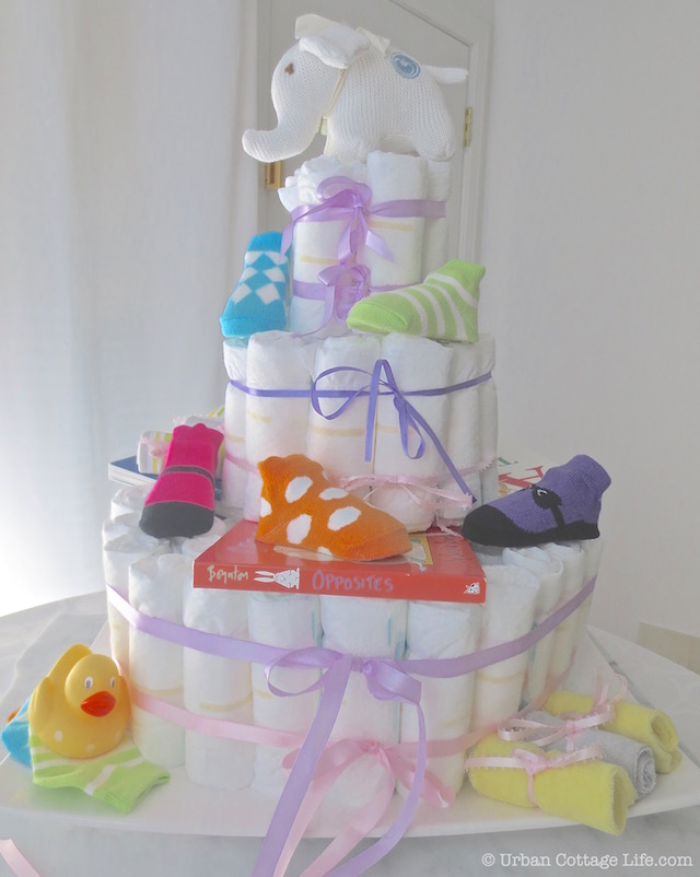 Diaper Cake | © Urban Cottage Life.com