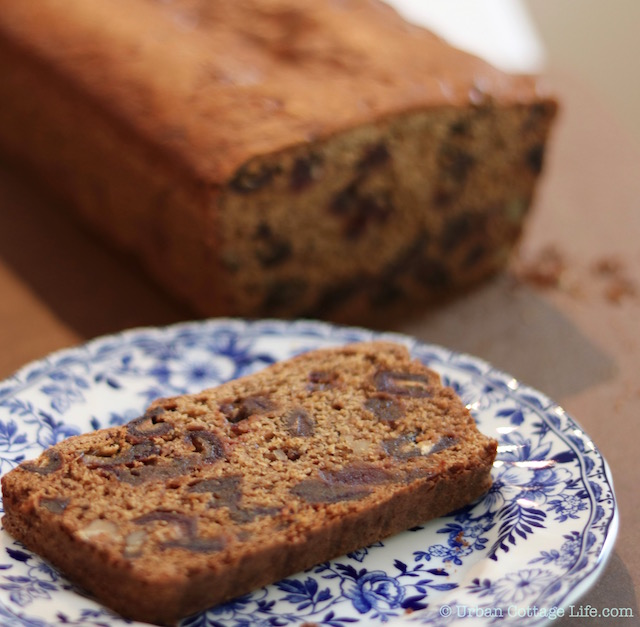 Date Loaf | © Urban Cottage Life.com