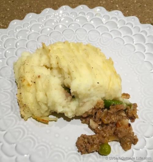 Beef & Mushroom Shepherd's Pie | © UrbanCottageLife.com