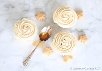 Sugar Shack Maple Cupcakes | © UrbanCottageLife.com