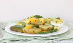Potato Salad with Basil Vinaigrette | © UrbanCottageLife.com