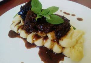 Braised beef and mash