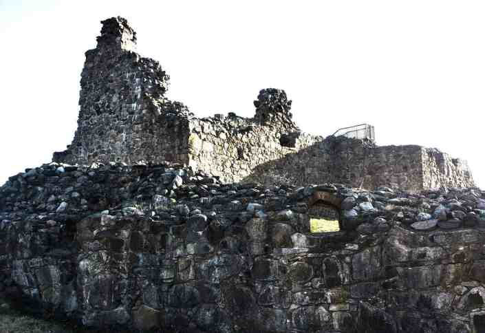 Kuusiston linnanrauniot