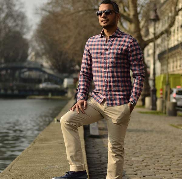 Lessons in linen 2 tucked or untucked menswear luxury for Best untucked shirts for men