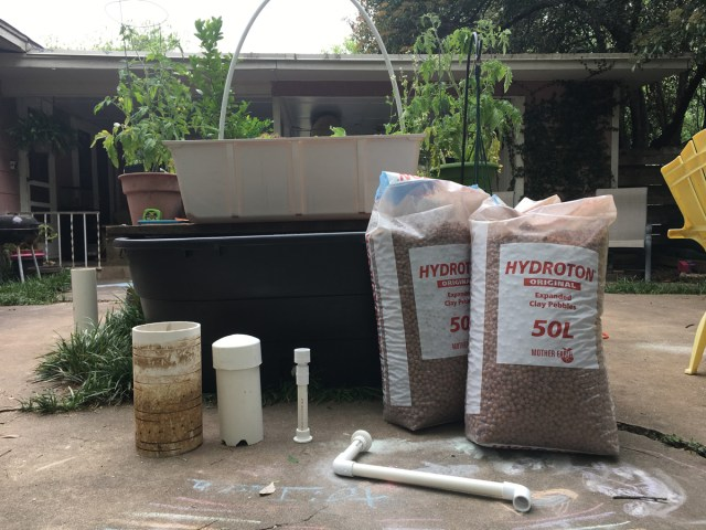 Parts to an aquaponics system