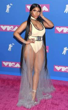 rs_634x1024-180820183608-634.nicki-minaj-2018-mtv-vmas.ct.082018