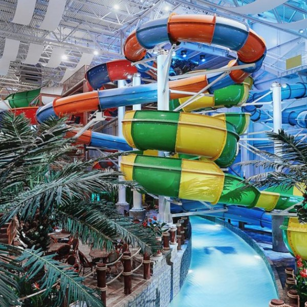 Enjoy an indoor waterslide at one of the best kid-friendly hotels in Quebec City