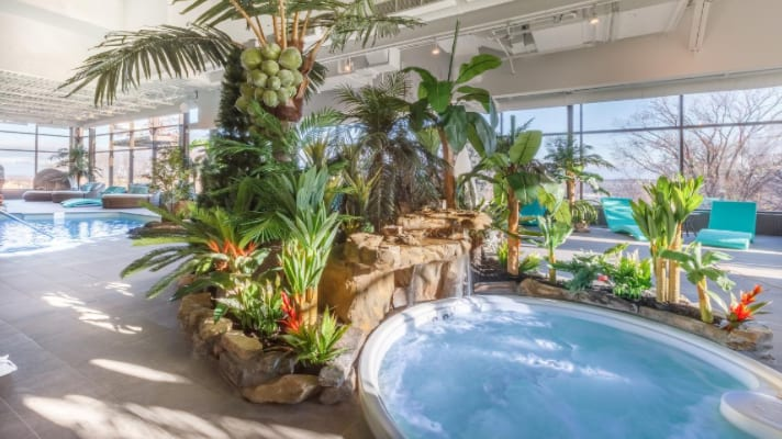 Where to Stay in Quebec City: Hotels with a Pool
