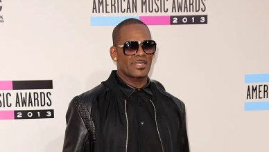R. Kelly attends the 2013 American Music Awards. (Credit: Deposit Photos)