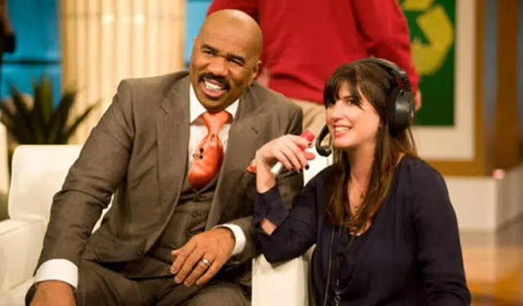 Steve Harvey and Alex Duda. (Credit: NBCUniversal Television Distribution)