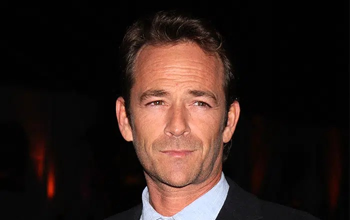 LOS ANGELES - JAN 7: Luke Perry arrives at the Hallmark Winter 2011 TCA Party at Tournament of Roses Parade House on January 7, 2011 in Pasadena, CA. (Credit: Jean Nelson/Deposit Photos)