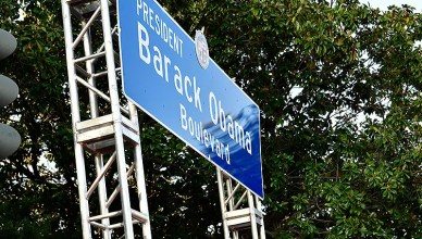 Barack Obama Boulevard Sign (Credit: X. Higgs)