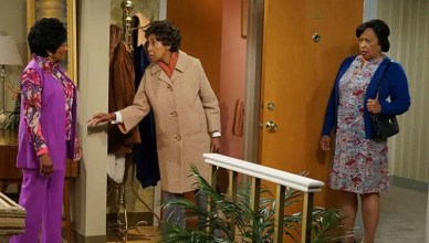 Wanda Sykes, Marla Gibbs and Jackee Harry in ABC's live episode of The Jeffersons. (Credit: Eric McCandless/ABC)