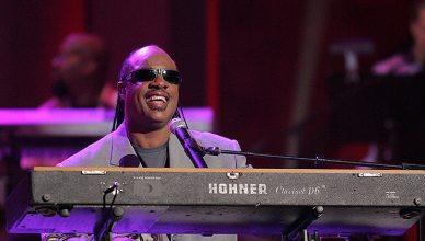 tevie Wonder during the World Music Awards Show. Kodak Theatre, Hollywood, CA. 08-31-05. (Credit: S. Bukley/Deposit Photos)